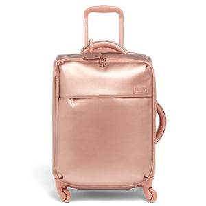 abf49b1bd01 Lipault Plume Avenue  colección de maletas para mujer con un look más  casual. Está fabricada en nylon